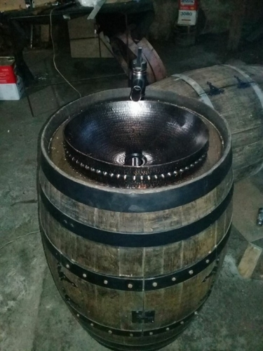 Large 16 Quot Round Copper Bath Sink With 3 Quot Decorative Apron